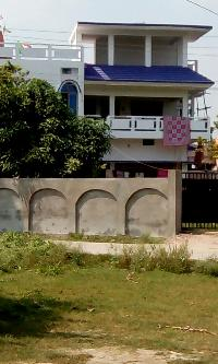 commercial flat for rent near railway station