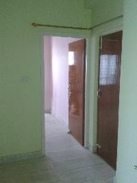 2 BHK FLAT IN HOUSE AND APARTMENT