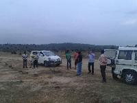 Rajgir Mai Plot Le On Highway Par