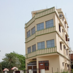 1.5 Bhi Delux Flat For Rent. Well Ventilated.