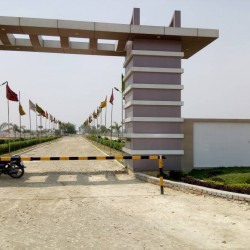 Resedencial Plot For Sale In Bihta, Shine Group Township. On Highway Project.