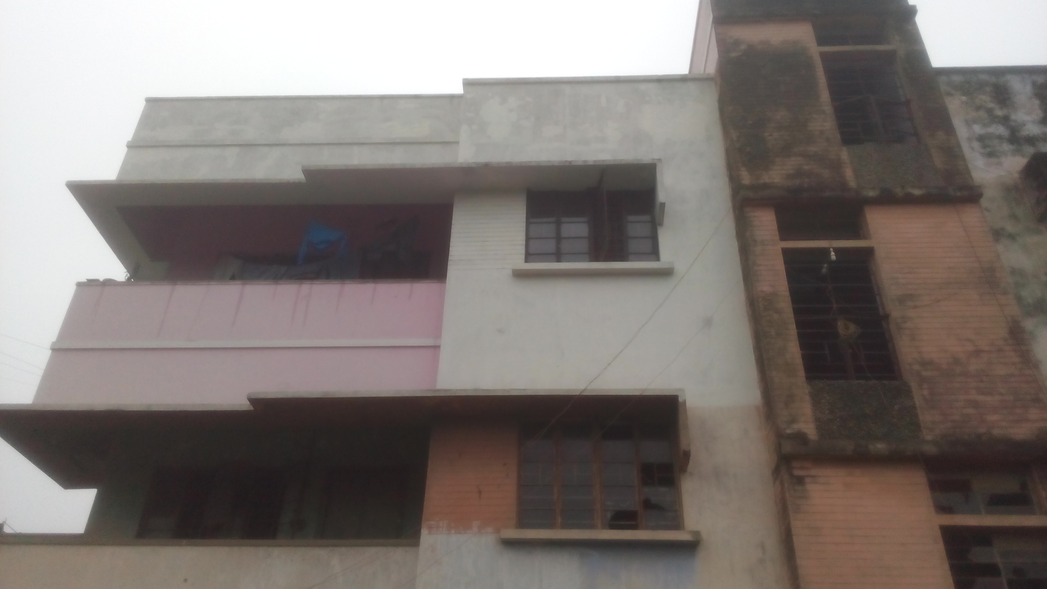 3bhk Flat With 1165 Square Feet Area For Sell