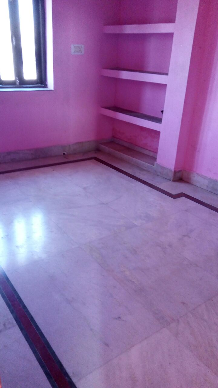 Deluxe 2bhk Flat Located On Main Road,anisabad.available For Rent.