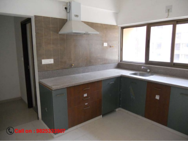 To-let For - Commercial - Residential Well Furnished, 3 Bhk 2000 Sqft, Independent Flat ,at Most Posh Locality