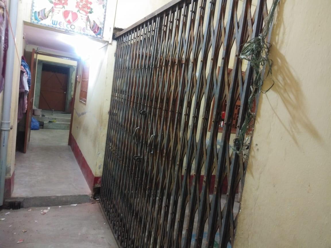 2 Storied Building In 4 Kattha