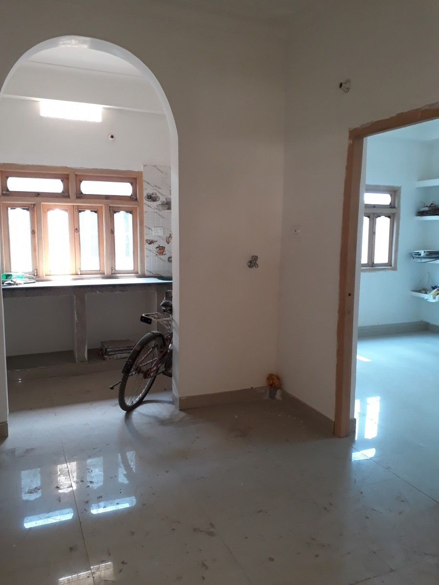 Homes Floor For Rent in Begusarai