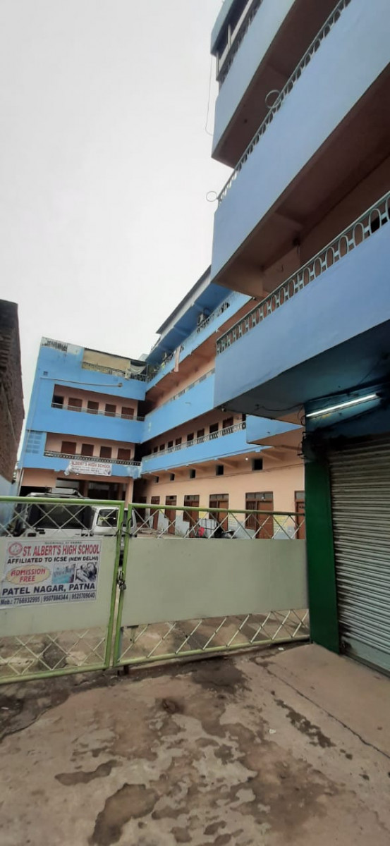 Commercial Space For Hospital School Bank