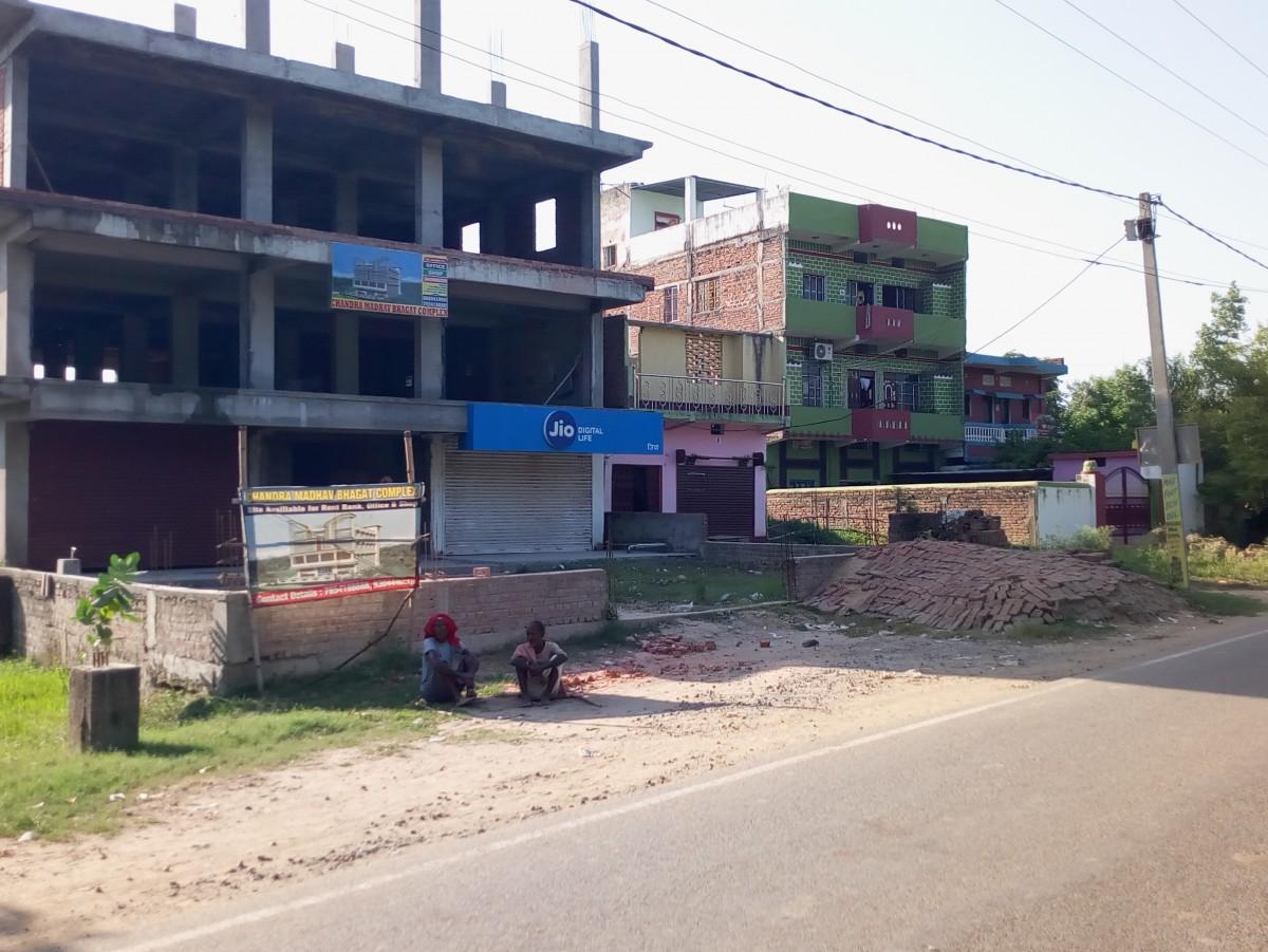 C M Bhagat Complex For Rent