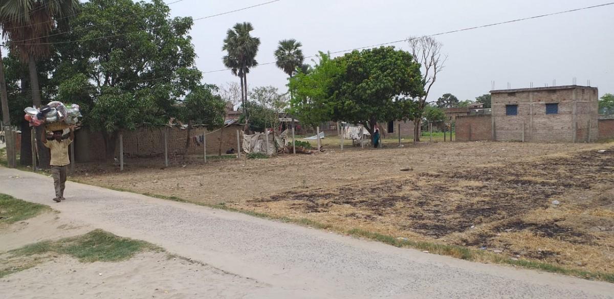 Residential Plot Near Phulwaria Bazar Market